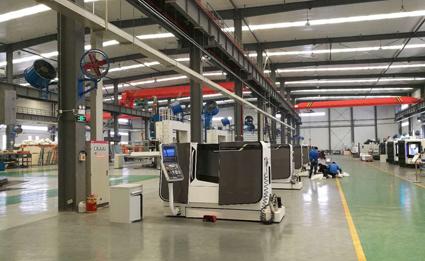 上海乐透letou最新网站现代高端装备制造实训基地