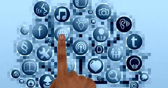 亿博备用网海外创新中心通过整合国内外优质媒体资源,帮助企业策划宣传及对接国内外各相关资源,帮助企业迈步走向国际化。